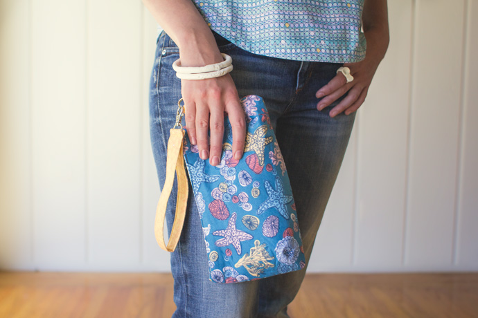 Coraline Wristlet by Swoon Patterns. Photo by Danielle Collins