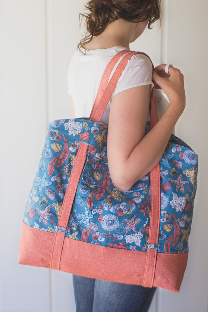 Sophia Beach Tote by Swoon Patterns. Photo by Danielle Collins